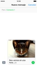 Apple iPhone 5s iOS 10 - MMS - Escribir y enviar un mensaje multimedia - Paso 15