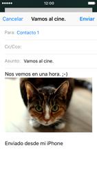 Apple iPhone 5s iOS 10 - E-mail - Escribir y enviar un correo electrónico - Paso 14