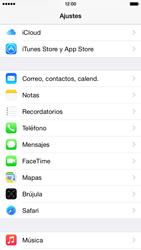Apple iPhone 6 iOS 8 - MMS - Configurar el equipo para mensajes multimedia - Paso 10