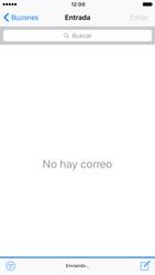 Apple iPhone 6s iOS 10 - E-mail - Escribir y enviar un correo electrónico - Paso 15