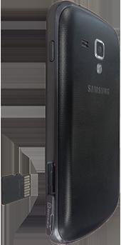Samsung S7560 Galaxy Trend - Primeros pasos - Quitar y colocar la batería - Paso 6