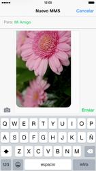 Apple iPhone 6 iOS 8 - MMS - Escribir y enviar un mensaje multimedia - Paso 13