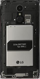 LG K10 (2017) - Primeros pasos - Quitar y colocar la batería - Paso 4