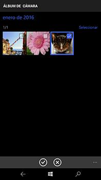 Microsoft Lumia 950 XL - MMS - Escribir y enviar un mensaje multimedia - Paso 13